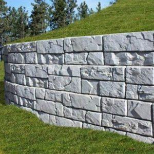 Magnum Stone retaining wall